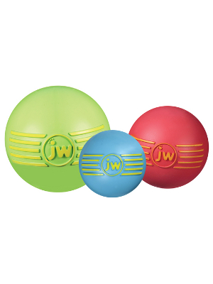 JW Isqueak Ball 10cm